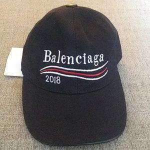 6eb95f563b0 Balenciaga Unisex baseball cap